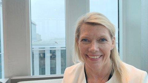 DEN NYE SJEFEN: Torsdag morgen ble Kjerstin Braathen presentert som ny konsernsjef i DNB. Hun overtar for Rune Bjerke 1. september Foto: Morten Solli (Nettavisen)