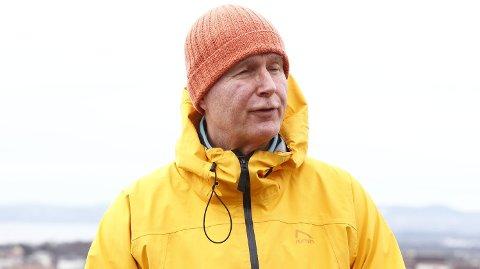 ÅPNER FOR IDRETT: Helsedirektør Bjørn Guldvog på pressetreff om idrett og korona. Foto: Terje Pedersen (NTB scanpix)