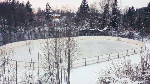 SØKNADSPLIKTIG: Kommunen mener banen er søknadspliktig, men gjør ikke noe mer med den denne vinteren.