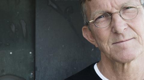 FOREDRAG: Forfatter og pastor Tomas Sjødin kommer til Sandar kirke fredag 10. august.