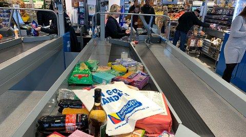 BILLIG: Nordmenn handler stadig mer i Sverige. Foto: Halvor Ripegutu