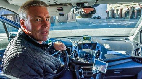 UTSATT YRKESGRUPPE: Sigbjørn Julien sier taxisjåførene er flinke på smittevern. De har ikke hatt et eneste smittetilfelle.