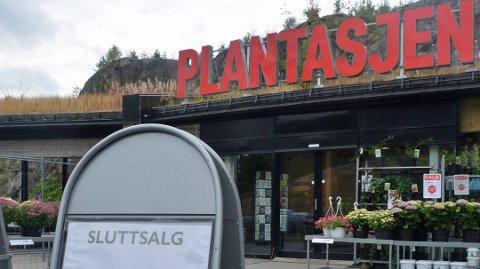 STENGES: Plantasjen stenger dørene i Sannidal 31. august. Per Eckholdt
