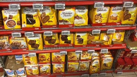 KUTTER PRISEN: Extra setter ned prisen på en rekke bakeprodukter før nasjonaldagen. Foto: Oda Aarseth
