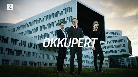 """SNART TILBAKE PÅ SKJERMEN: Det blir en tredje sesong av """"Okkupert"""" med blant annet Henrik Mestad (i midten) og Ane Dahl Torp i noen av hovedrollene. Skjermbilde"""