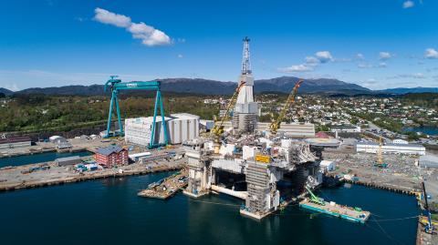 Drift Nord i Equinor som omfatter aktiviteten fra Kristiansund og nordover, produserer årlig verdier for 100 milliarder kroner. Her Njord A som er under ombygging på Aker Stord. Den skal ut på feltet igjen neste år.
