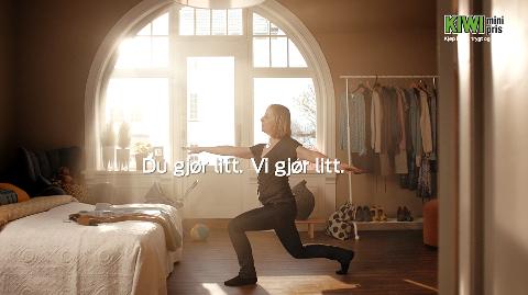 «DU GJØR LITT, VI GJØR LITT»: Kiwi-reklamen oppfordrer til å kjøpe nøkkelhullprodukter.