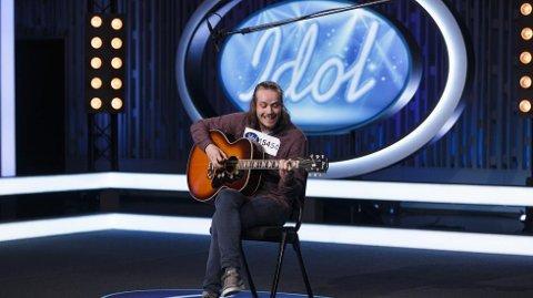 Gikk ikke videre: Anders Daae Mæland (25) sang «Tigergutt» av CC Cowboys.