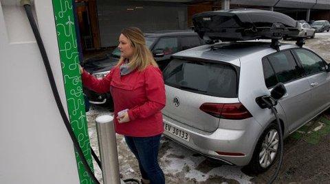 BEGRENSET: Volkswagen e-Golf kan ta 75 kilo last på taket. Litt overraskende er det at etterfølgeren ID.3 ikke kan ha last på taket i det hele tatt.