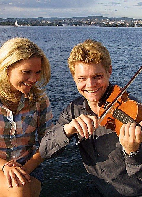 Med Julie: Julie og David Coucheron spilte i sommer på Kon-Tiki Classical Music Fest.