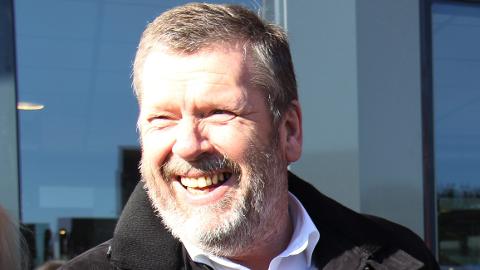 SATSES I VESTBY: Vestby-ordfører Tom Anders Ludvigsen er i godt humør om dagen, og  går med store planer for Vestby-idretten. FOTO: Arkiv