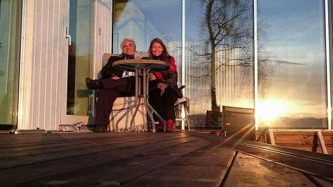 Fra terrassen på kontoret sitt på Alværn planlegger ekteparet Eldrid Lorentzen og Rune Borknes et digert nytt bysentrum for nordre del av Oslo.