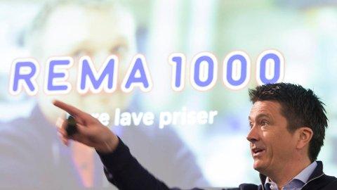 Flere hundre personer må gå etter store Rema-endringer i forbindelse med at Rema 1000 overtar såkalt varefremming selv fra 1. januar 2019.. Her er Ole Robert Reitan (REMA 1000) under presentasjonen av Reitangruppens årsresultat for 2017.   Foto: Thor Nielsen / NTB scanpix