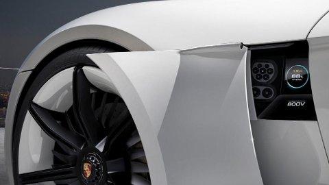 Det loves ekstremt effektiv lading – og kjøreegenskaper som står i stil til hva man kan forvente av en Porsche. Den elektriske Mission E kan reserveres allerede nå – mens bilen kommer først i 2019.