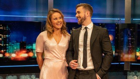 """Helene Olafsen og Stian Blipp leder TV2 programmet """"Senkveld""""."""