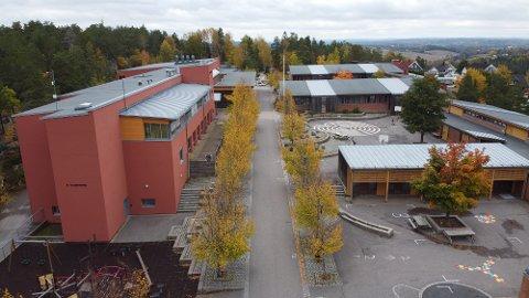 To trinn på Dyrløkkeåsen skole er satt i karantene fram til lørdag. Foto: Ivar Ruud Eide