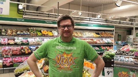 Robert Falkenberg er butikksjefen i Kiwi på Heer. Han kan fortelle at driften går veldig bra.