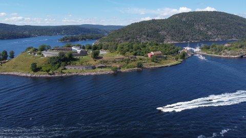 Så fort ferien satte inn så kom også båtfolket, forteller Bente Fredheim. Hun er havnesjef for Oscarsborg Gjestehavn. Foto: Ivar Ruud Eide