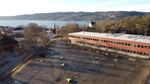 RØD TRAFIKLYSMODELL: Frogn-skolene vil fra mandag 25. januar ha en modell som organiseres etter rød trafikklysmodell. Det vil være forskjeller fra skole til skole