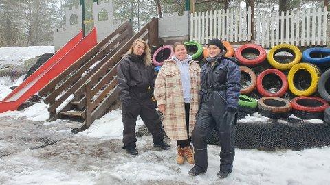 Runa Kristoffersen, Anine Svendsen Hagen og Mille Westpold Botner fra Askeladder barnehage. - Trodde ikke det kunne skje at barnehager og skoler kunne stenge, sier Hagen.