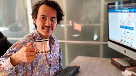 Tekstforfatter Daniel Guanio (30) bestemte seg for å teste nettverket sitt og valgte å flagge i et innlegg på Facebook at han trenger jobb.