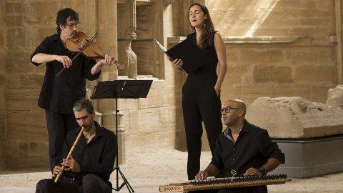 FRA FRANKRIKE: ODO-ensemblet gjester Tolga kirke 16. mai, og Tone Hulbækmo som selv spiller middelaldermusikk i Kalenda Maya, ser fram til en sjelden opplevelse.Foto: Lois EME