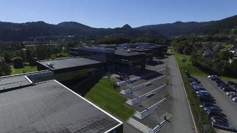 Dronefoto: Gauldal videregående skole