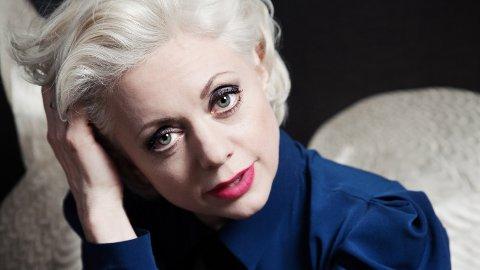 TIL TYNSET: Hilde Louise Asbjørnsen kommer til Tynset Jazzklubb sammen med orkestret sitt.