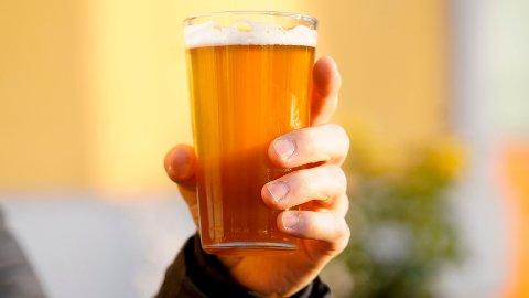 DETTE BLIR BILLIGERE: Alkoholavgiften for cider fra små bryggeri reduseres 1. juli Foto: Fredrik Hagen (NTB scanpix)
