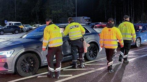 MANGE: Over 2100 biler var innom kontrollen på Støkken onsdag.