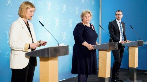INGEN LETTELSER FOR NORDRE FOLLO ELLER ÅS: Oslo og Viken må fortsette med tiltakene man har i dag, også etter fredag. Det bekrefter statsminister Erna Solberg i dag.