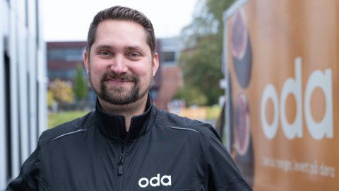 FORNØYD: Oda-sjef Karl Munthe-Kaas er glad for at de nå kan matche lavpriskjedene på pris. Foto: Nina Lorvik (Mediehuset Nettavisen)