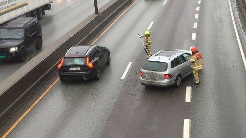 E18-SMELL: Kollisjonen skjedde i dumpa ved Holtekilen på E18 i inngående retning mot Lysaker.