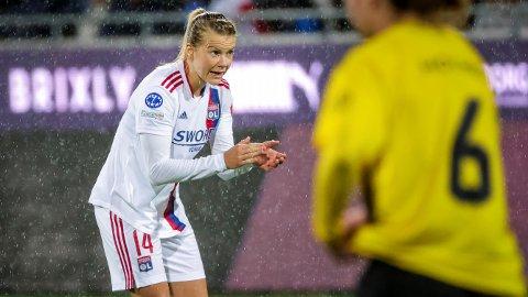 ØNSKER ENDRING: Ada Hegerberg håper på bedre forutsetninger for kvinnefotballen.