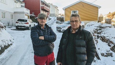 PROVOSERT: De to besteforeldrene Tore Bjørn Hovde (t.v) og Arne-Johnny Nerdalen går nå til steget å anmelde Risør kommune, da de mener kommunen ikke tar tilstrekkelig ansvar for innbyggernes sikkerhet. De går i kampen på vegne av sitt felles barnebarn.