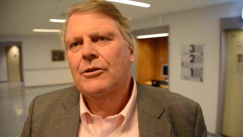 SYKEHUS-TALL: Stortingspolitiker Hans Fr. Grøvan (KrF) forsvarer regjeringens sykehusbudsjett selv om sykehusdirektøren på Sørlandet sykehus mener det ikke gir rom for den økte aktiviteten som regjeringen legger opp til.
