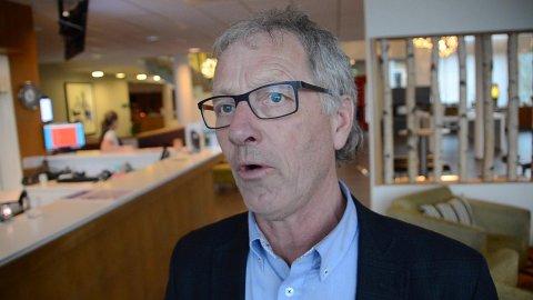 HARD SKYTS: Fungerende fylkesordfører, Tore Askildsen (KrF) går hardt ut mot Sira-Kvina og Kvinesdal kommune.