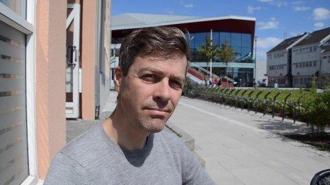 UTSATT: Samferdselsminister Knut Arild Hareide (KrF)sitt  møte med politikere vest i Agder om fremdriften for ny firefelt E39 fra Lyngdal til Ålgård er utsatt inntil videre.