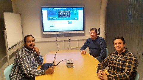 DATASAMARBEID: Husein Mohamed, Ronald Braun og Jesus Arraez Toledo er noen av medarbeiderne i datasamarbeidet DDV