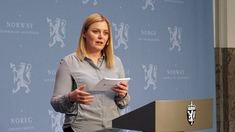 NY MELDING: Olje- og energiminister Tina Bru la frem stortingsmeldingen om vindkraft på land 19. juni 2020. Foto: Margrete Løbben Hanssen/OED