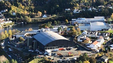 BETALER FOR TAKLØSNING: Flekkefjord kommune betaler BRG en engangssum på 550.000 kroner for det brannkonseptet som er valgt med gjennomgående mineralull for hele takflaten.