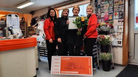 FIKK PRIS: Nærbutikken på Tonstad er kåret til Årets bedrift i Sirdal.