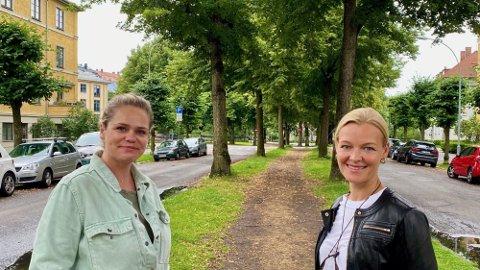 SISTE FORSØK: Hanne Bismo Mustad (t.h.) gjør sammen med Velforeningen et siste forsøk for å stoppe sykkelprosjektet i Gyldenløves gate. Her sammen med naboen Vivi Angell. Foto: Espen Teigen