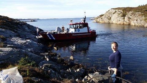 Bergen og Omland friluftsråd har henta sekkane med avfall som Ailin Terese Salbu har plukka på Børilden.