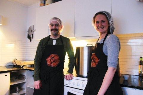 På dette kjøkkenet i Skivika har Mathilde og Håvard gjort over to tonn gulrot om til marmelade.