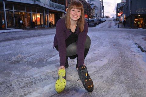 Salget av brodder går så det suser, melder butikksjef Lena Johansen ved Skoringen i Bodø. Foto: Lars Robertsen