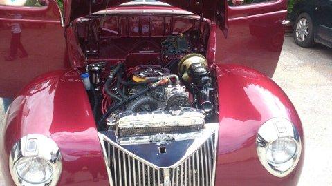 SJELDEN: Ford Coupe 1939. Denne saken finnes det antakelig bare én av i hele Norge, ifølge eieren.