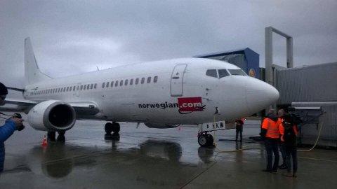 Denne utrangerte Boeing 737-maskinen står plassert på flystasjonen i Bodø. Bildet er tatt i forbindelse med ankomsten i 2015.