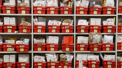 Posten frykter at mange ikke vil betale tollgebyr og hente pakkene sine når avgiftsfritaket for små pakker forsvinner.