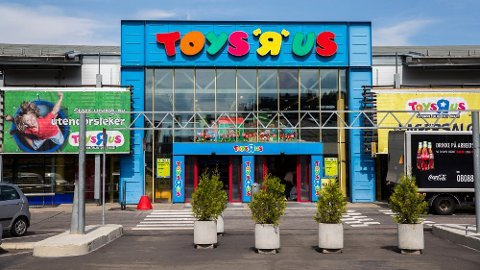 KONKURS: Leketøysgiganten Toys R Us har slitt lenge. Fredag ble selskapet Top-Toy, som eier Toys R Us og BR-leker erklært konkurs. Foto Foto: Berit Roald (NTB scanpix)